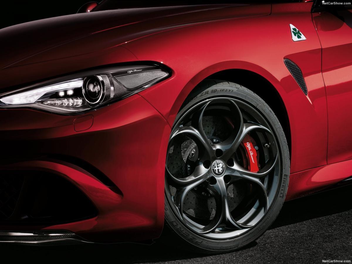 Club Alfa Romeo Giulia