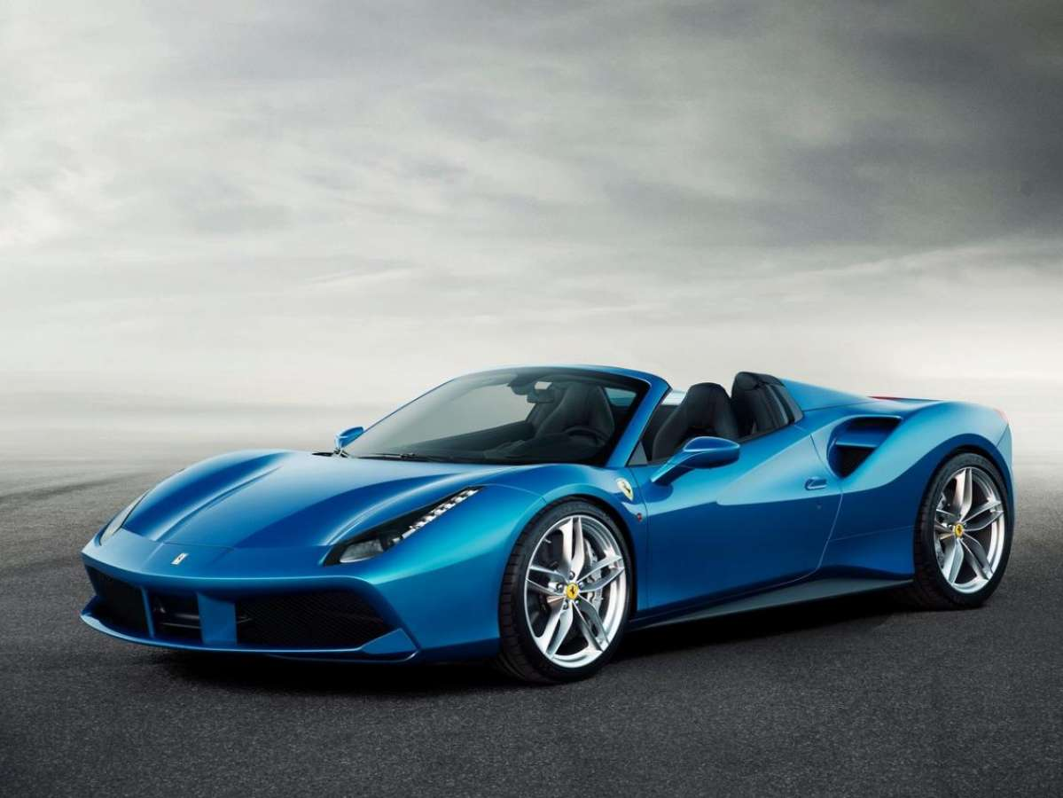 Club Ferrari 488 Spider