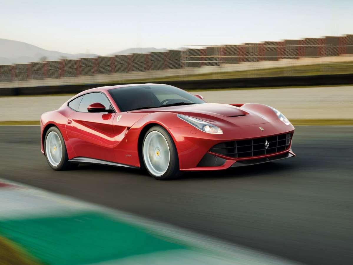 Club Ferrari F12 TRS