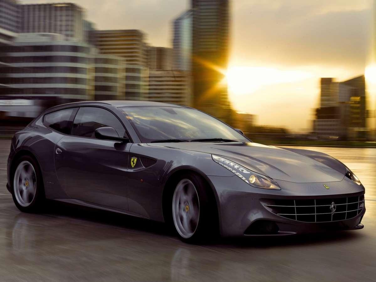 Club Ferrari FF