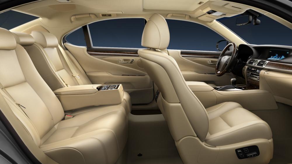 lexus-ls-460-interior-L46-753_1024x576.jpg