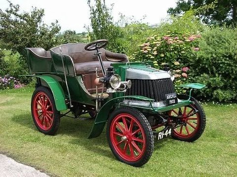1902Argyll8hpBonhamsLBVCRAuction111.jpg