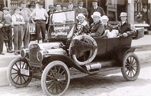 1911-Touring-Car.jpg