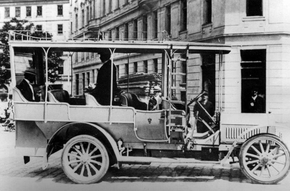 1918-grc3a4f-stift-dolomitenwagen_a.jpg