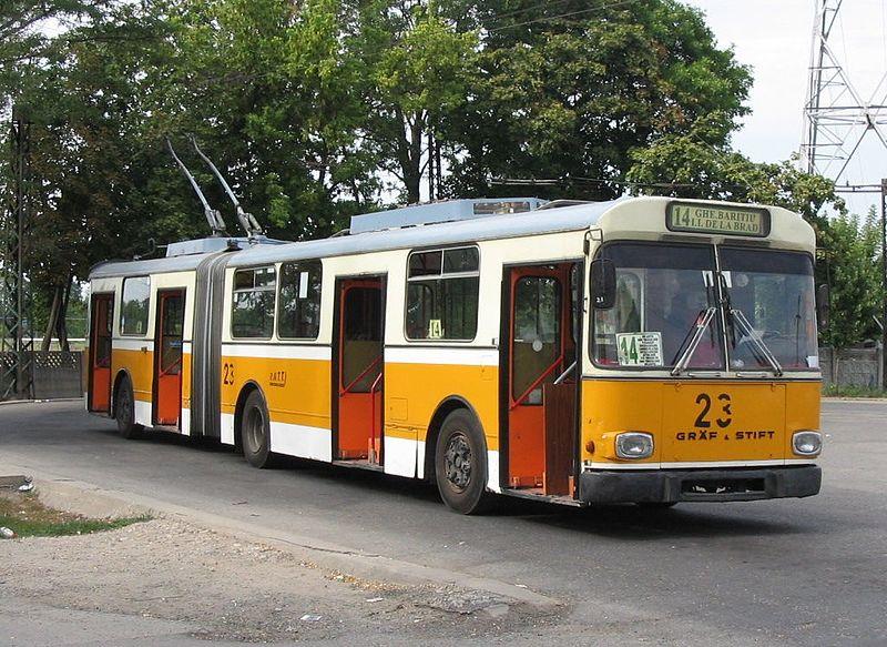 1980-built-grc3a4f-stift-trolleybus-in-service-in-2003-in-romania.jpg