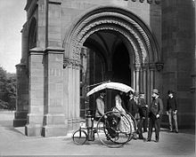 220px-Steam_Tricycle_in_Front_of_North_Entrance_to_Smithsonian_Institution_Building_1888.jpg