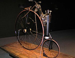 300px-1884_Copeland_Steam_Cycle_(replica)_The_Art_of_the_Motorcycle_-_Memphis.jpg