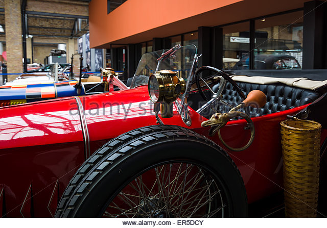 berlin-may-10-2015-fragment-of-retro-car-ego-414-ps-1923-28th-berlin-er5dcy.jpg