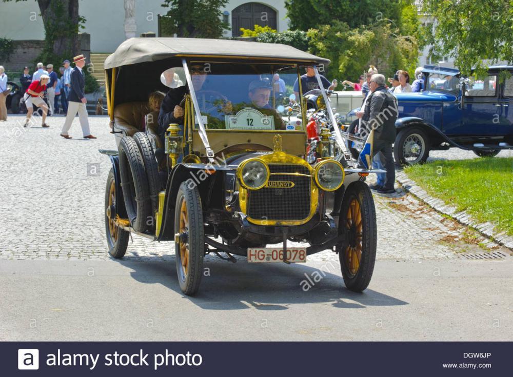 oldtimer-car-duhanot-cg-bolide-DGW6JP.jpg