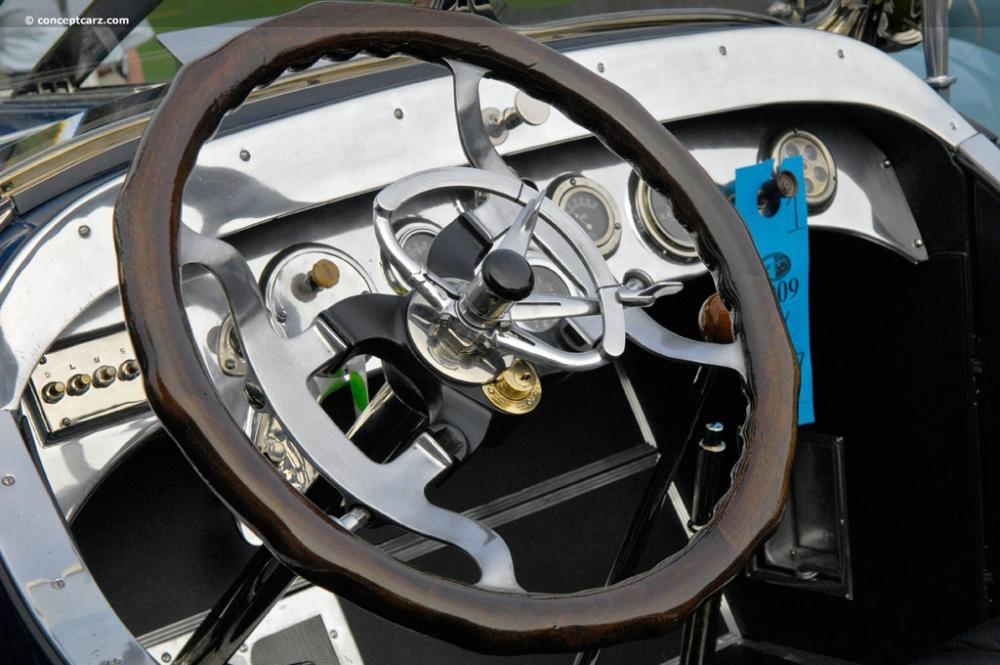 19-Meisenhelder-Roadster-DV-09-AI_i01.jpg