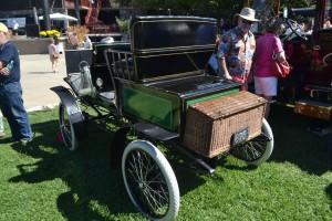 1902_Prescott_Style10COpen_SteamCar_7.5HP_2Cylinder_ofGL_LeftRearView-300x200.jpg