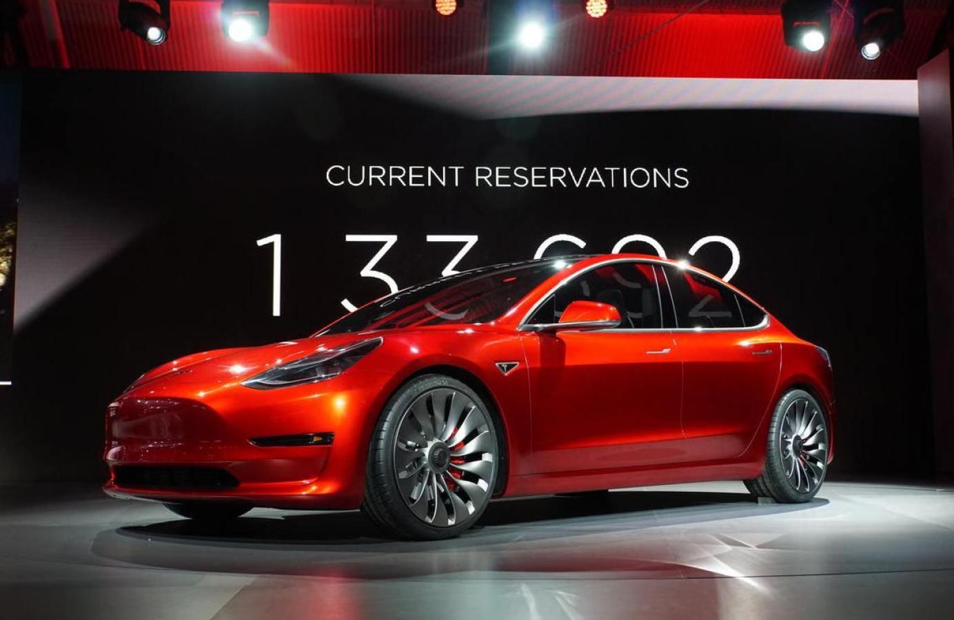 Club Tesla Model 3