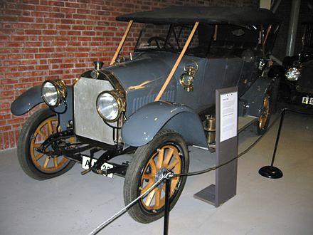 440px-Podeus_1912.JPG