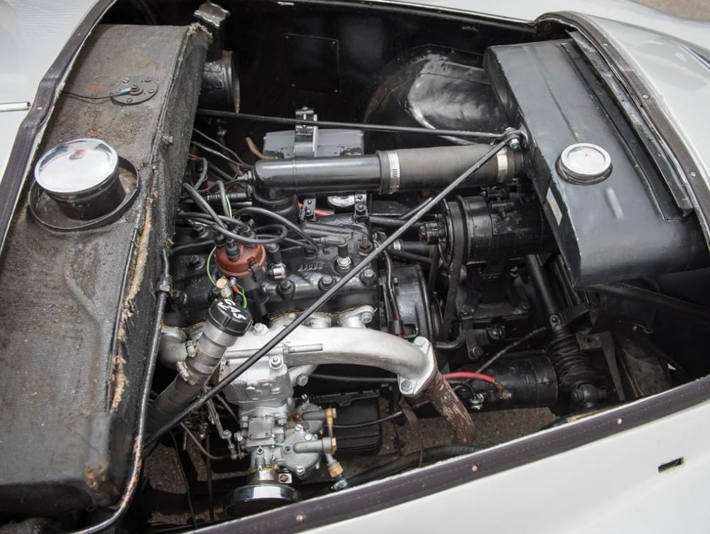 Adler-Trumpf-engine.jpg