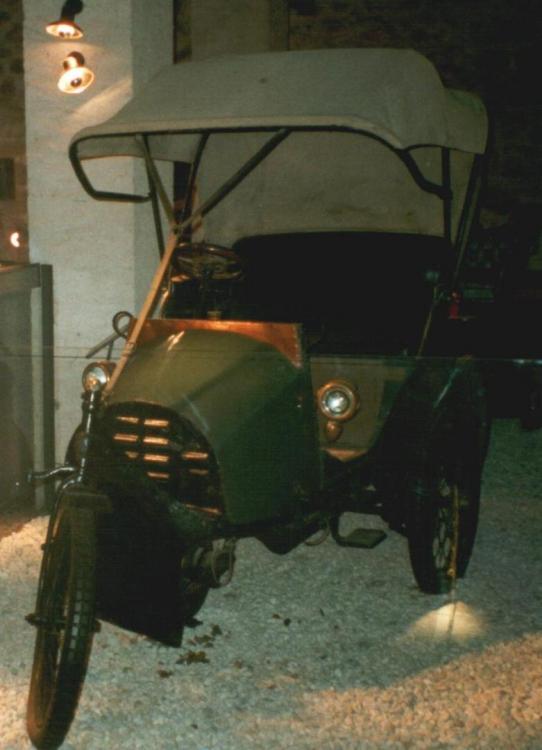 La_Va_Bon_Train_1904.JPG