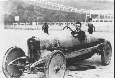 1910_Bentley sur DFP.jpg