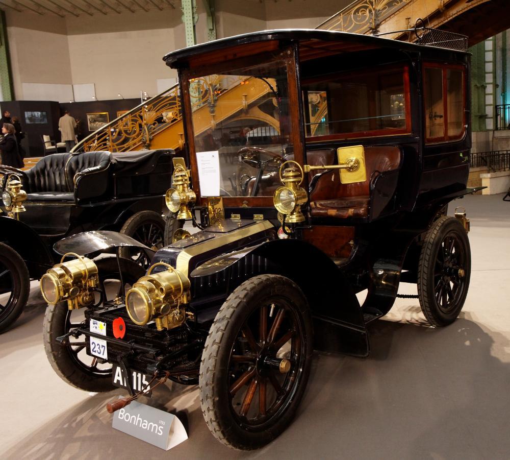 110_ans_de_l'automobile_au_Grand_Palais_-_Mors_15_CV_modèle_J_Limousine_par_Rothschild_-_1902_-_002.jpg