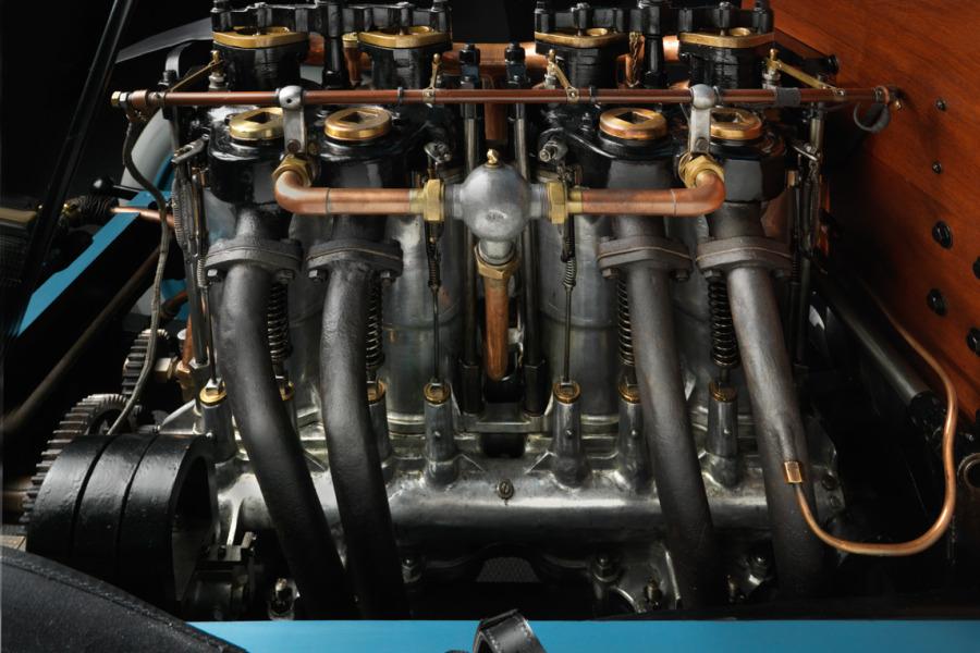 Mors-1902-Type-Z-engine-left-side-900x600.jpg