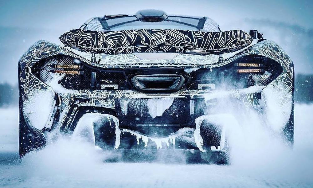 mclaren-p1-snow.jpg