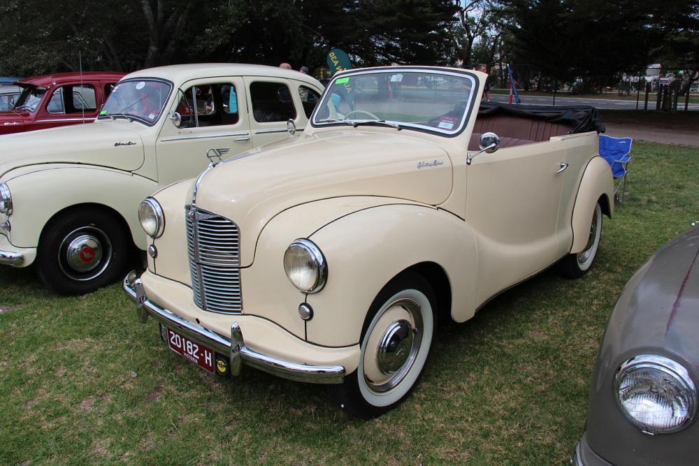 1950_Austin_A40_Devon_Tourer_(16462647908).jpg