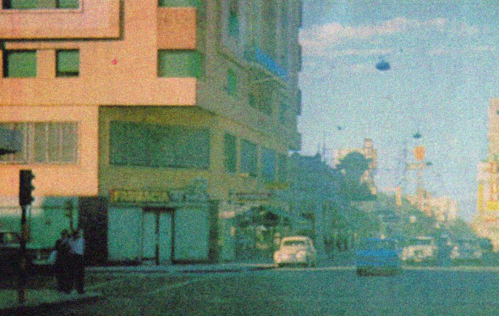 Autos en la calle.jpg