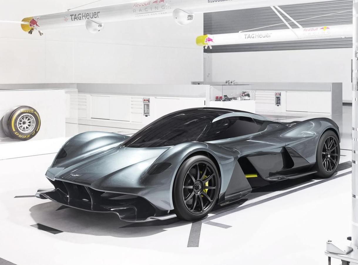 Club Aston Martin Valkyrie