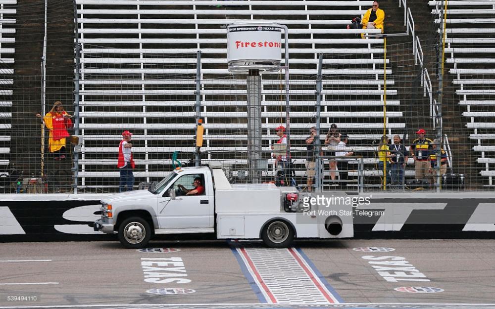 truckdry.thumb.jpg.62c991bc1677a074705c58bd39d6cab4.jpg