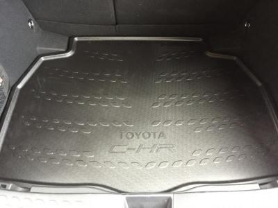 Club Toyota C-HR