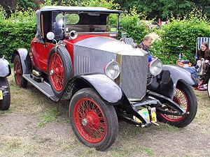 300px-1921_Métallurgique_12-14_HP_sports_roadster_fr3q.JPG.jpg
