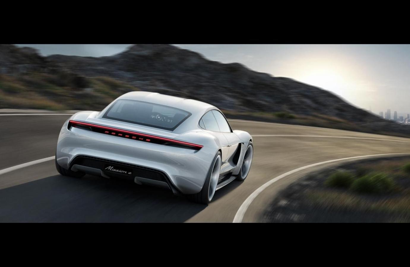 Club Porsche Taycan