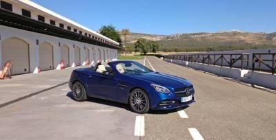 Gas a fondo: probamos el Mercedes-AMG SLC 43 en Ascari (Vídeo)