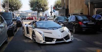 Un Lamborghini Veneno o un Koenigsegg One:1 entre los coches incautados al vicepresidente de Guinea Ecuatorial